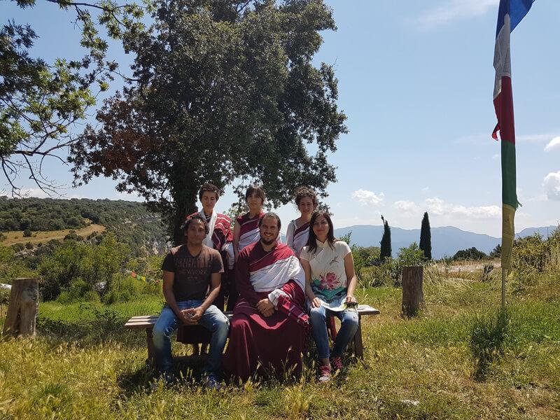 Equipo firiri con la comunidad Casa Virupa